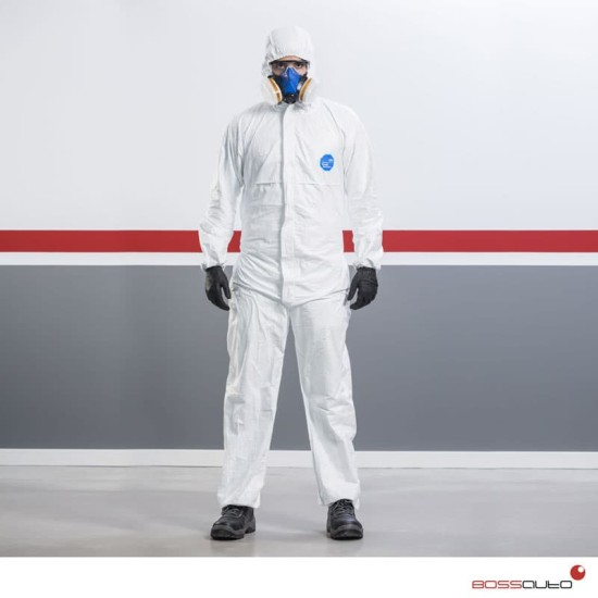 Tyvek Classic DuPont overalls